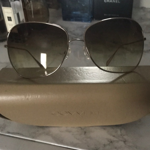 3e046fafe0 Oliver Peoples Elsie sunglasses. M 5aa829d83a112e1235358631